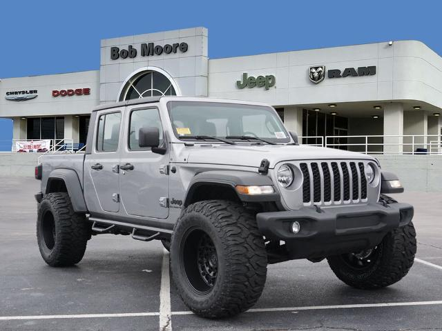 New 2020 JEEP Gladiator Sport MOPAR LIFT TIRES AND WHEELS
